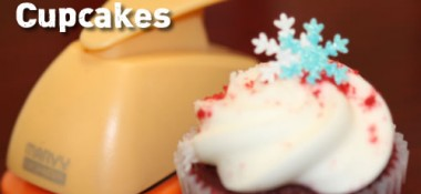 Easy to make snowflake cupcakes and cakes