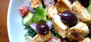10 Minute Greek Salad for Two