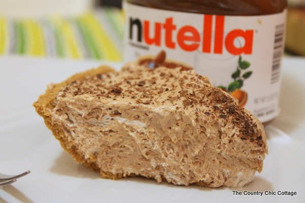 Easy Nutella Cream Pie | The Country Chic Cottage