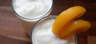 Natural Probiotic and a 3-Ingredient Tropical Smoothie Recipe
