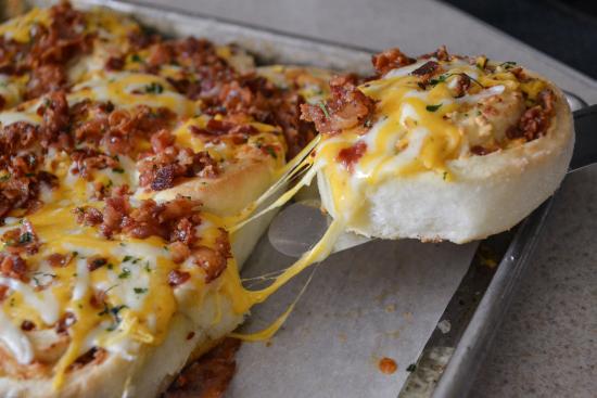 Cheesy Bacon Garlic PinWheels | Flour on My Face