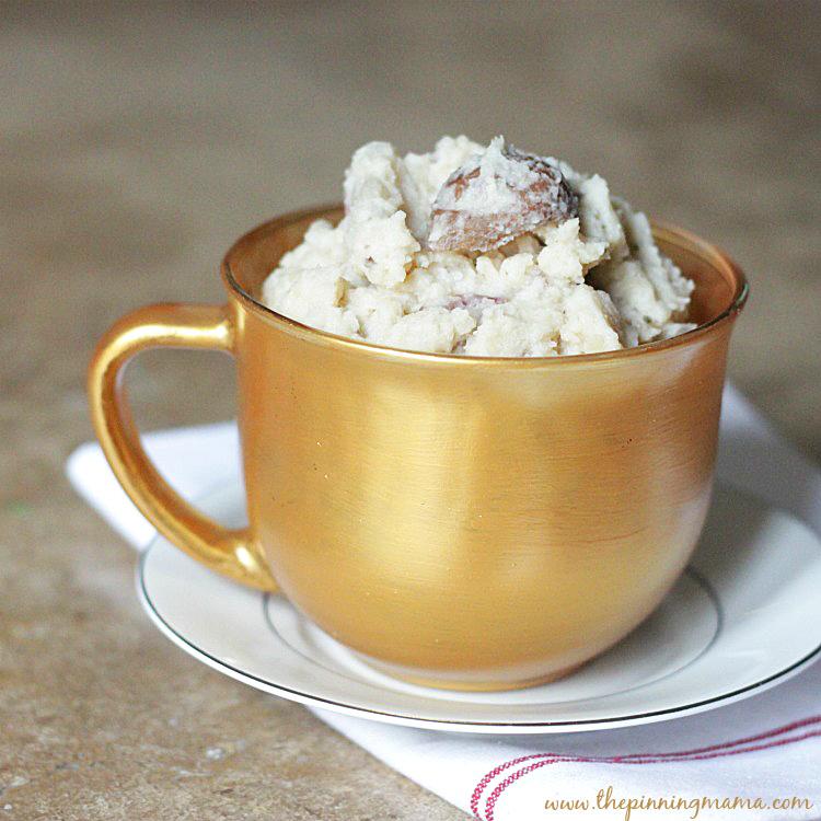 Crock Pot Garlic Parmesan Mashed Potatoes | The Pinning Mama