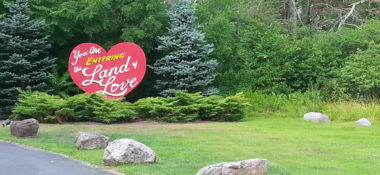 Couples Resort – The Land of Love in the Poconos