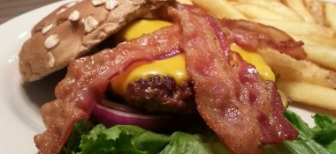 The Willie Burger with Cheese & Bacon at the Hossome burger fest (great date night idea) #HossomeBurgerFest #sponsored