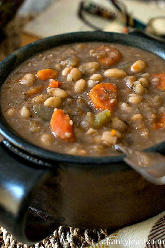 tuscan-white-bean-soup2