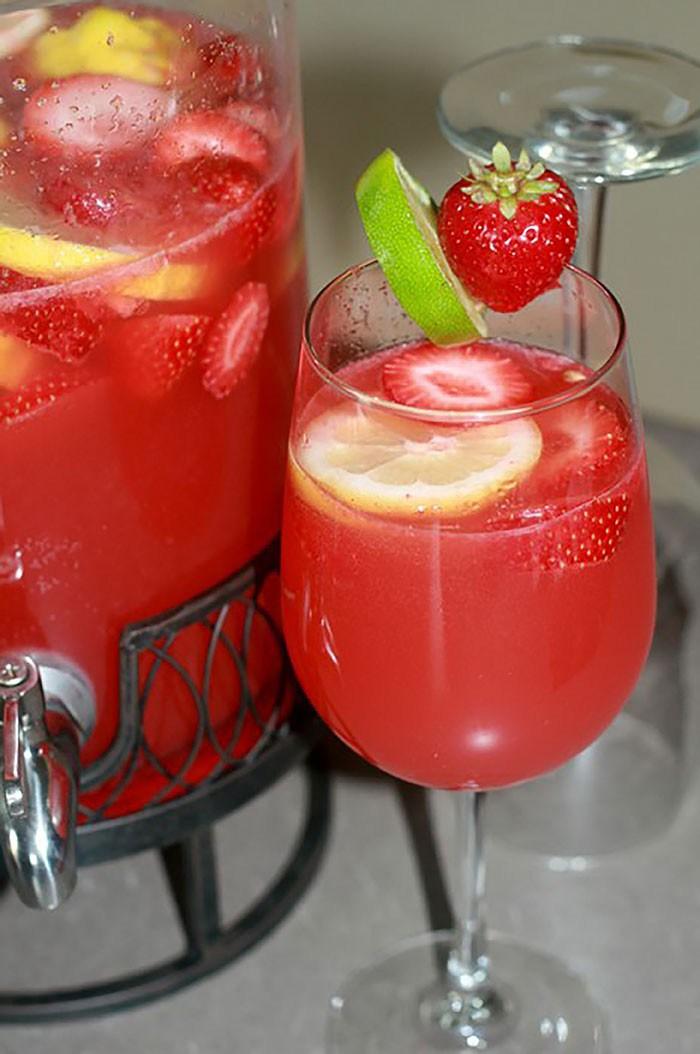 Strawberry Limeade Rum Punch Recipe