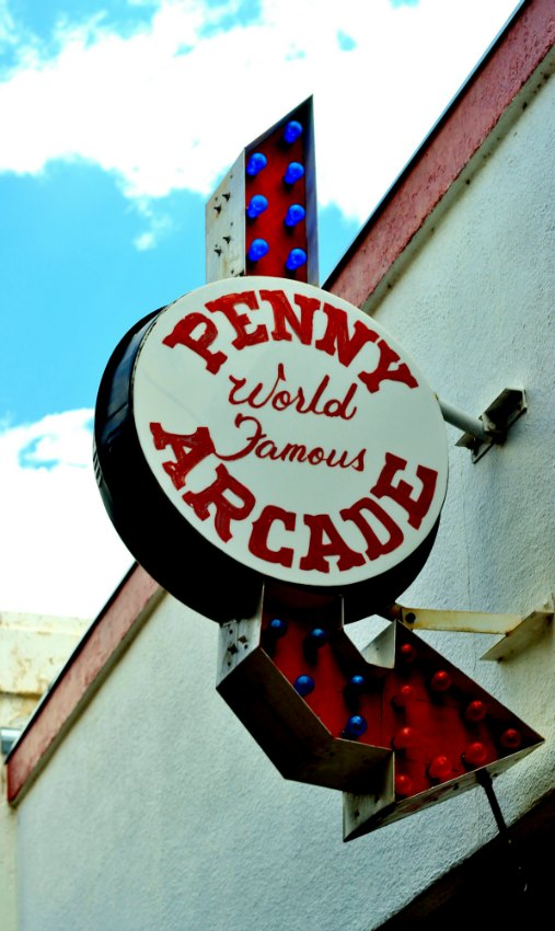 Fun Date Idea: Manitou Springs Penny Arcade Colorado Springs