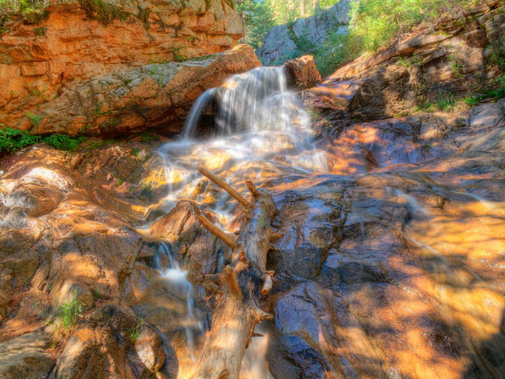 Fun Date Idea: Hiking Seven Falls Colorado Springs