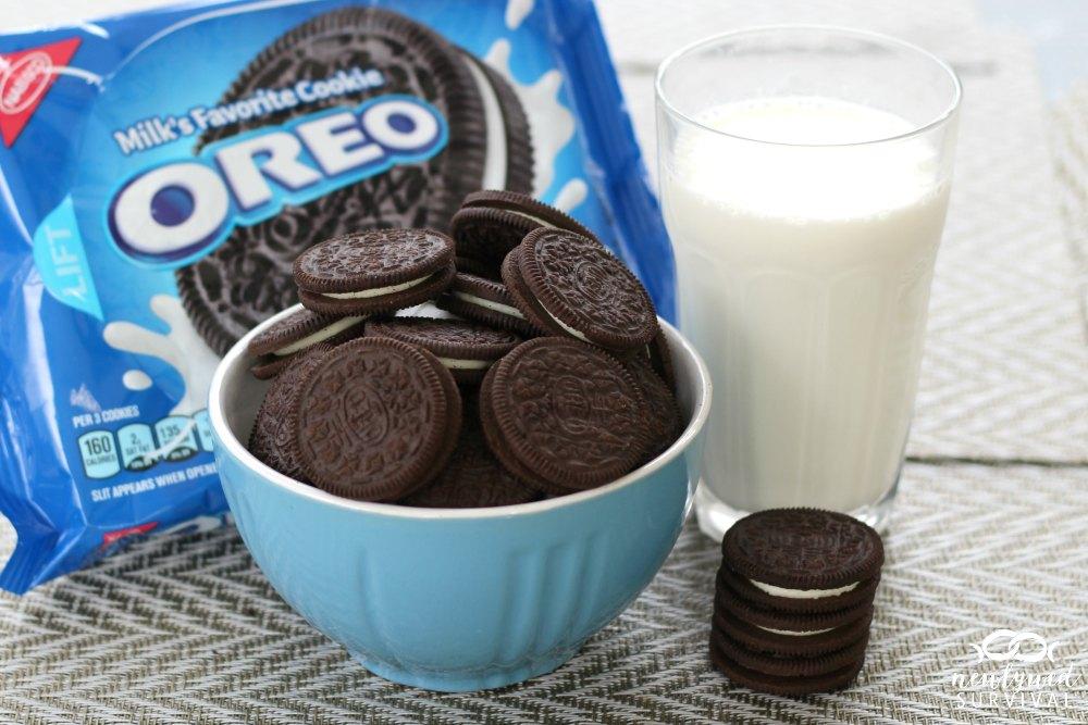 Milks Favorite Cookies OREO #OREOSuperDunk