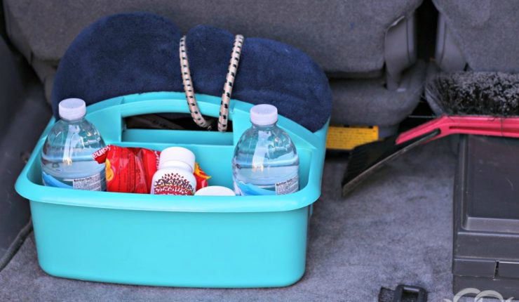 How to Make a Migraine Relief Car Kit