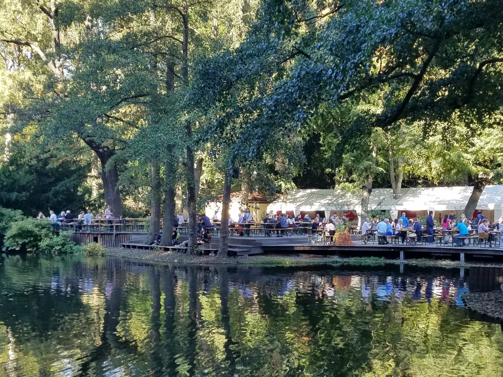 Berlin Date Idea: Café am Neuen See - beer garden in the Tiergarten