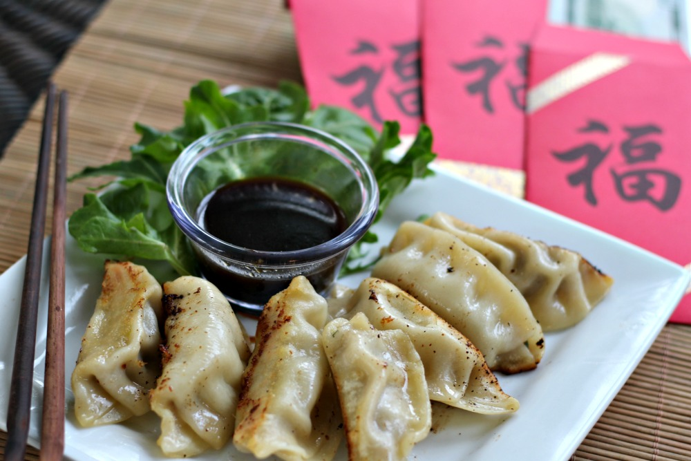 Celebrate Chinese New Year with Ling Ling Potstickers and free printable red envelopes