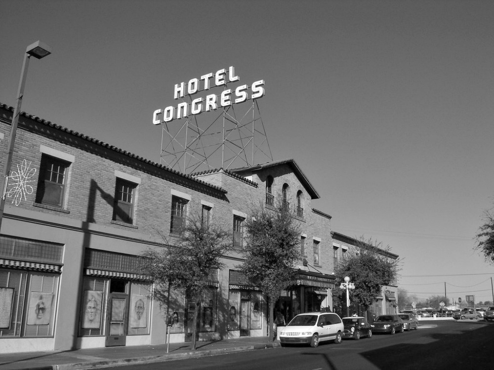 Date idea in Tucson: Have a drink at a century old bar in Hotel Congress